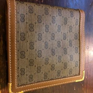Vintage Gucci Wallet